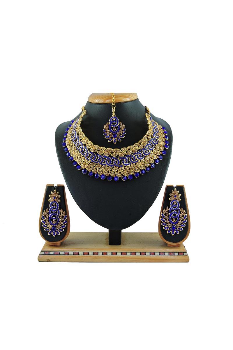 Beguiling Blue Color Bridal Wear Alloy Metal Necklace Set