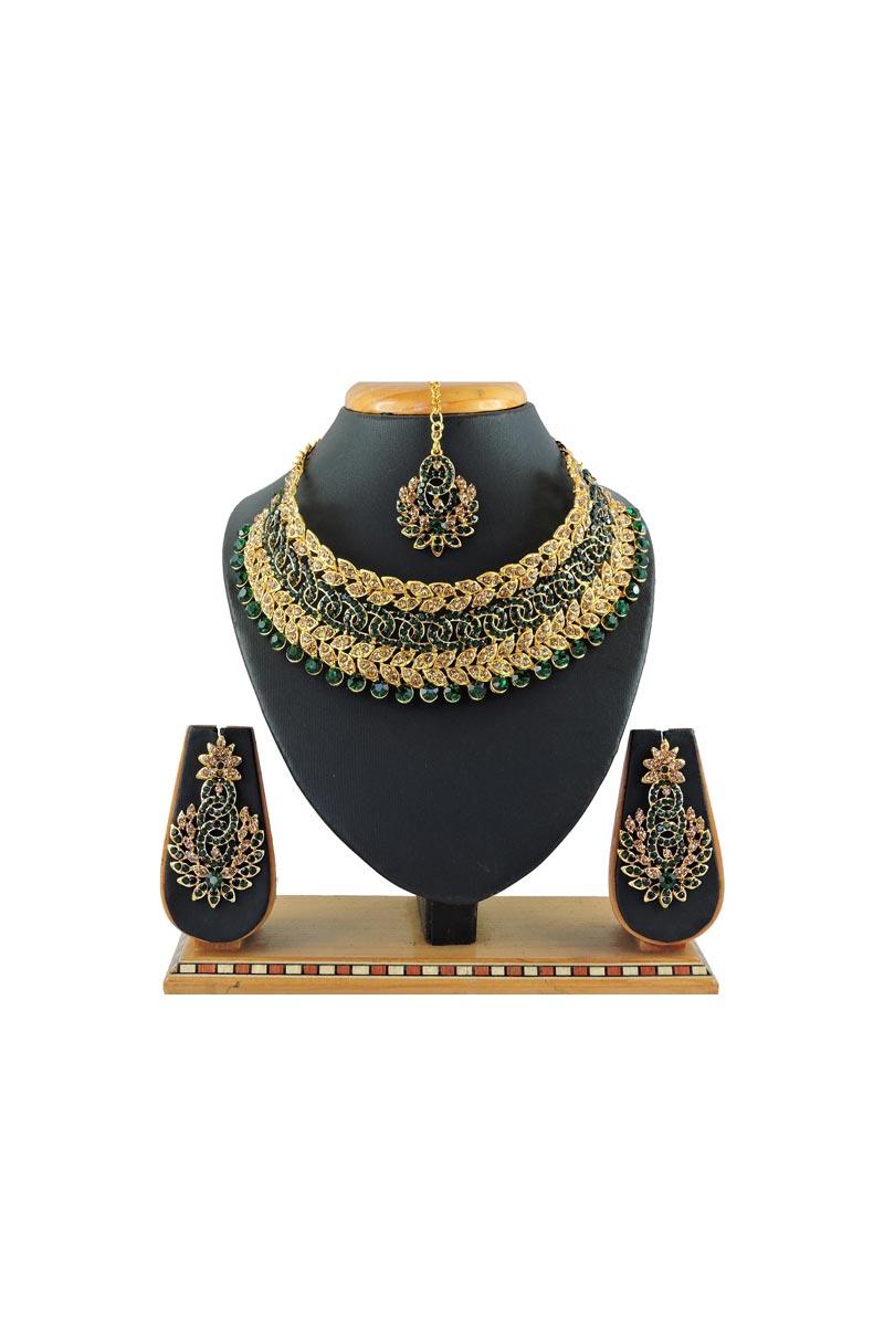 Alloy Metal Green Color Bridal Wear Beguiling Necklace Set