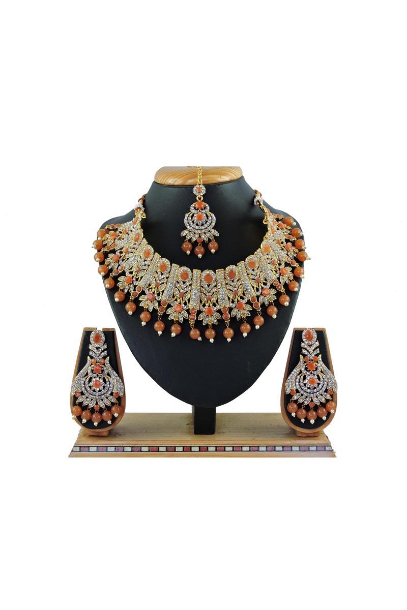 Brown Color Alloy Metal Bridal Wear Beguiling Necklace Set