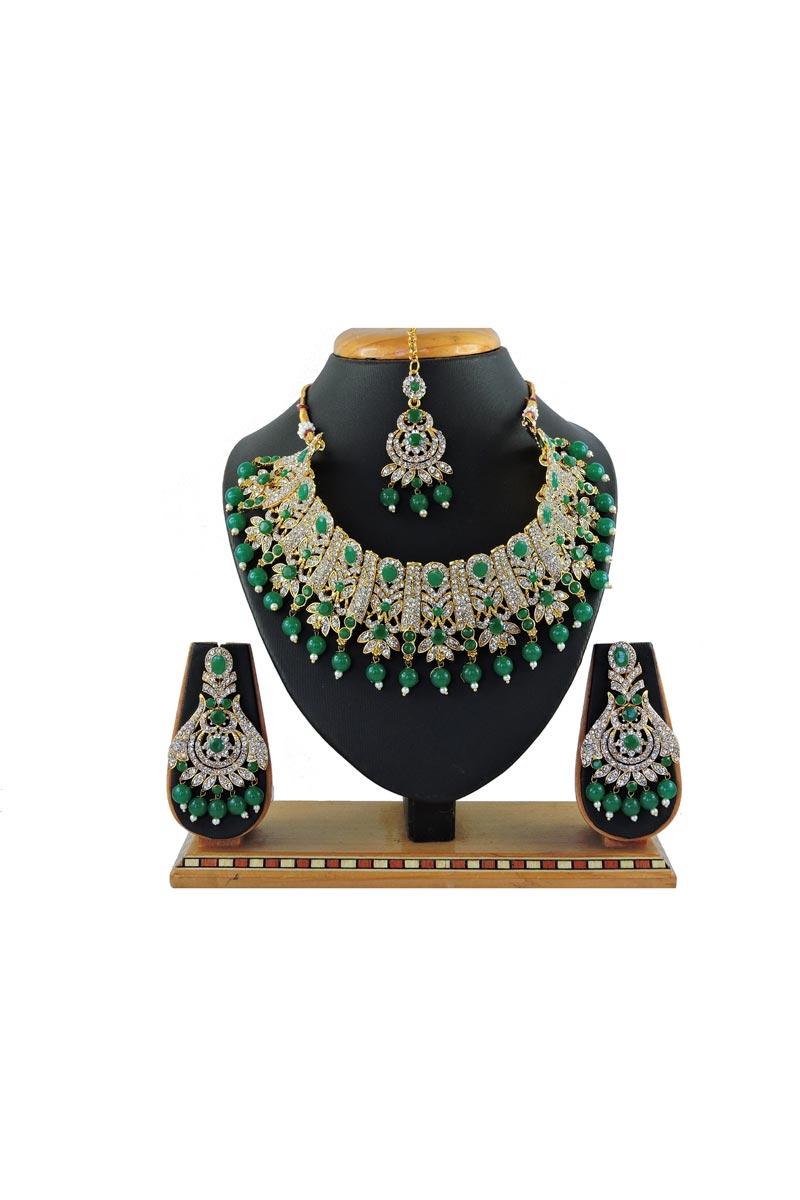 Bridal Wear Beguiling Green Color Alloy Metal Necklace Set
