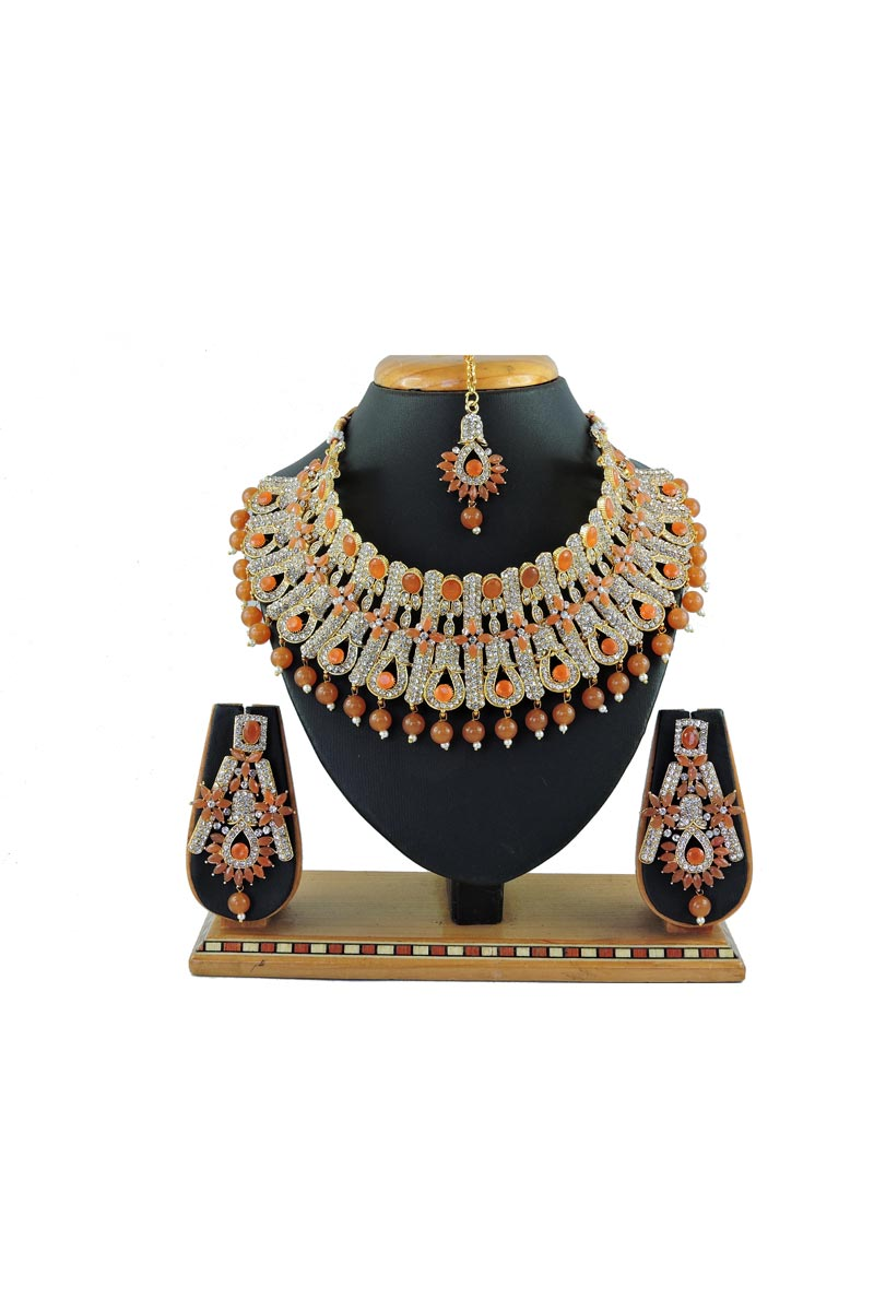 Alloy Metal Brown Color Wedding Wear Elegant Necklace Set