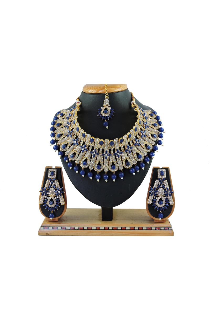 Elegant Alloy Metal Wedding Wear Blue Color Necklace Set