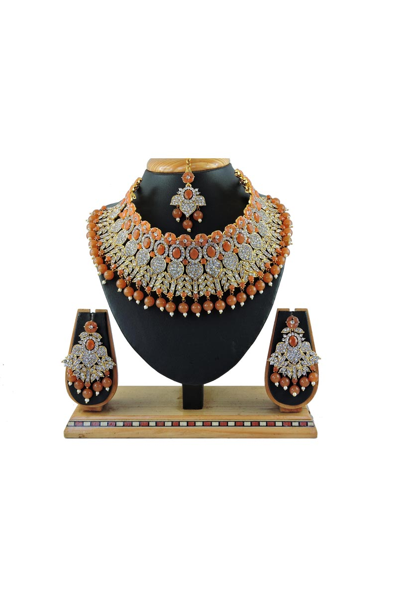 Alloy Metal Brown Color Bridal Wear Classic Necklace Set