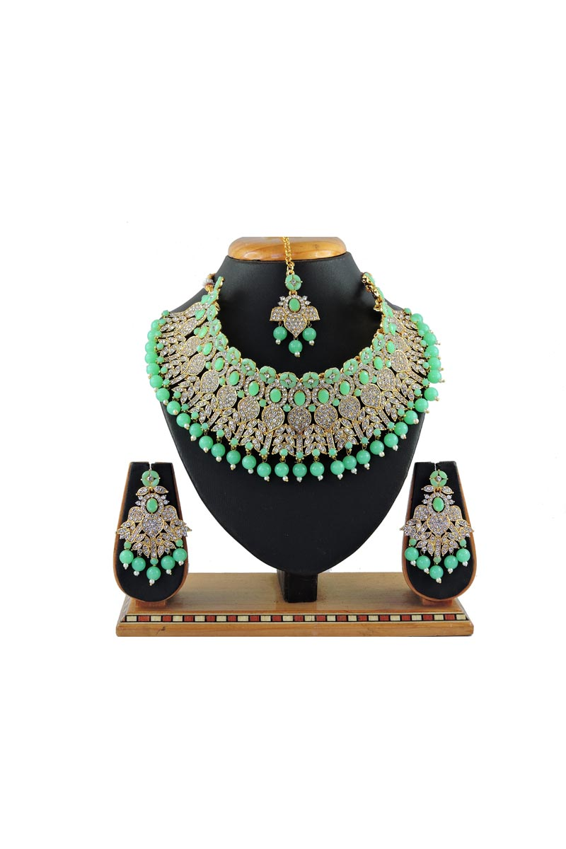 Classic Bridal Wear Light Cyan Color Alloy Metal Necklace Set