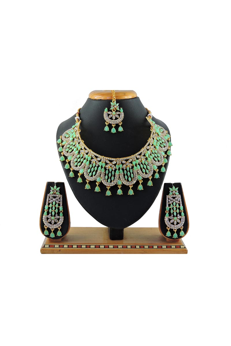 Classic Bridal Wear Alloy Metal Light Cyan Color Necklace Set