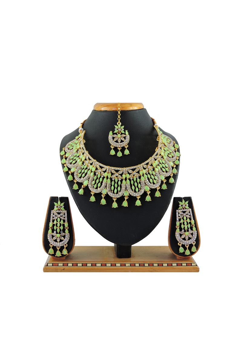 Alloy Metal Sea Green Color Bridal Wear Classic Necklace Set
