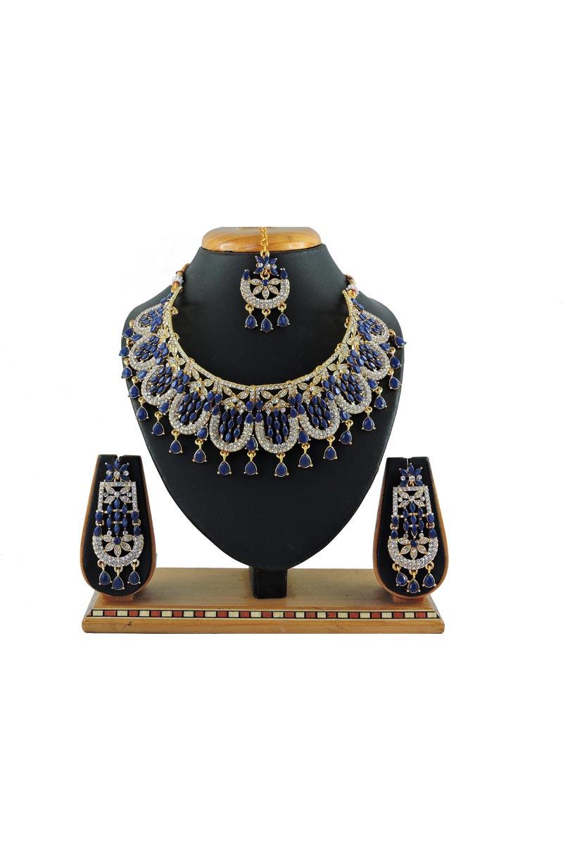 Blue Color Wedding Wear Trendy Alloy Metal Necklace Set
