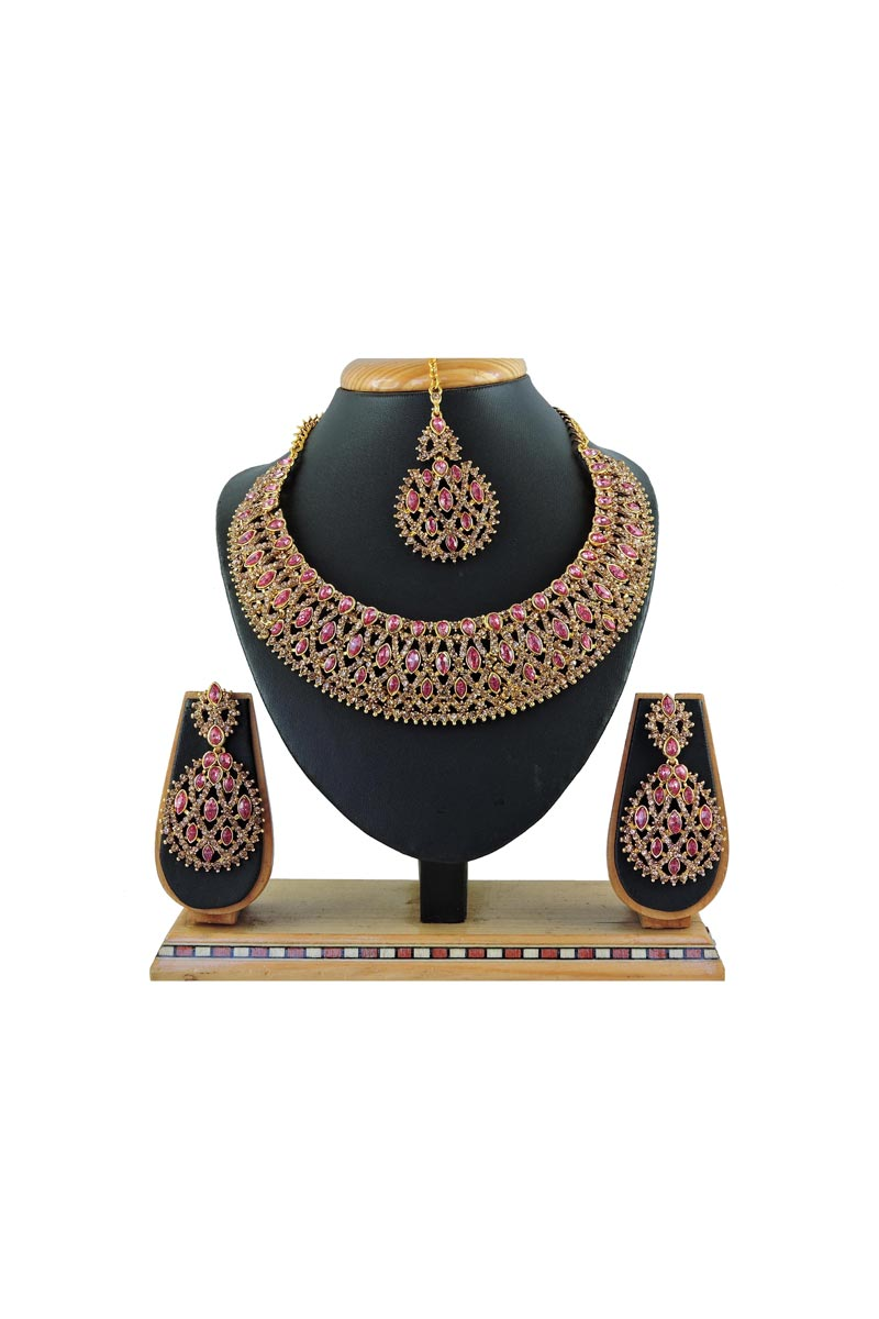 Wedding Wear Trendy Alloy Metal Pink Color Necklace Set