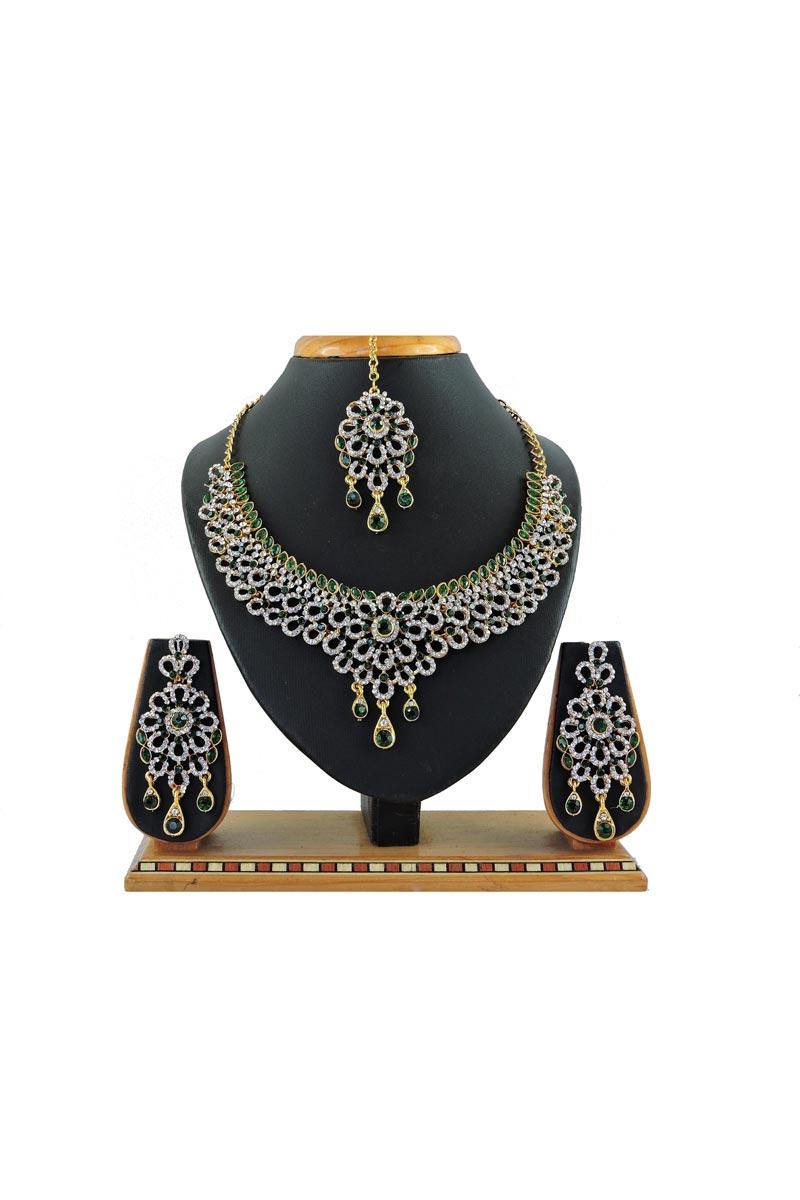 Trendy Wedding Wear Green Color Alloy Metal Necklace Set