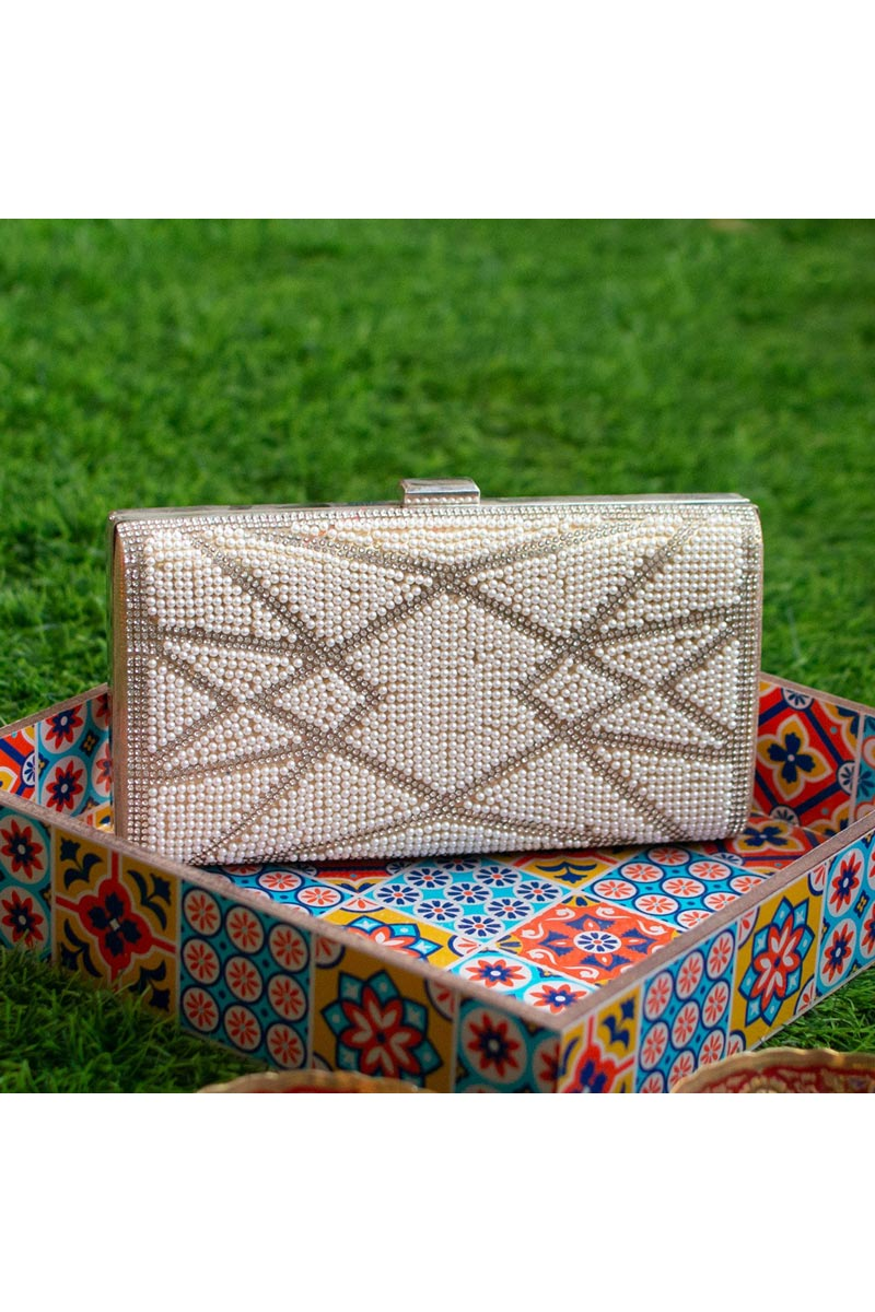 Cream Party Style Trendy Clutch Bag For Women