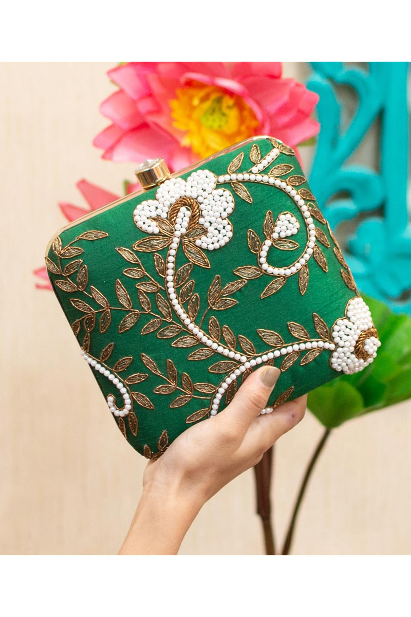 Womens Alluring Party Style Clutch Bag In Green Color