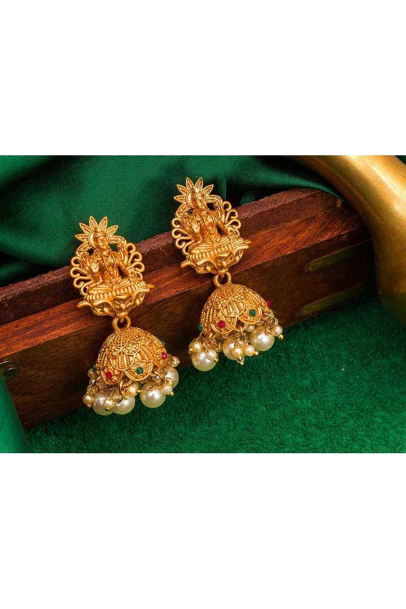 Golden Color Alloy Metal Party Wear Trendy Earrings