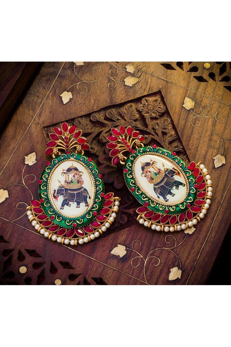 Golden Color Alloy Metal Stylish Reception Wear Earrings