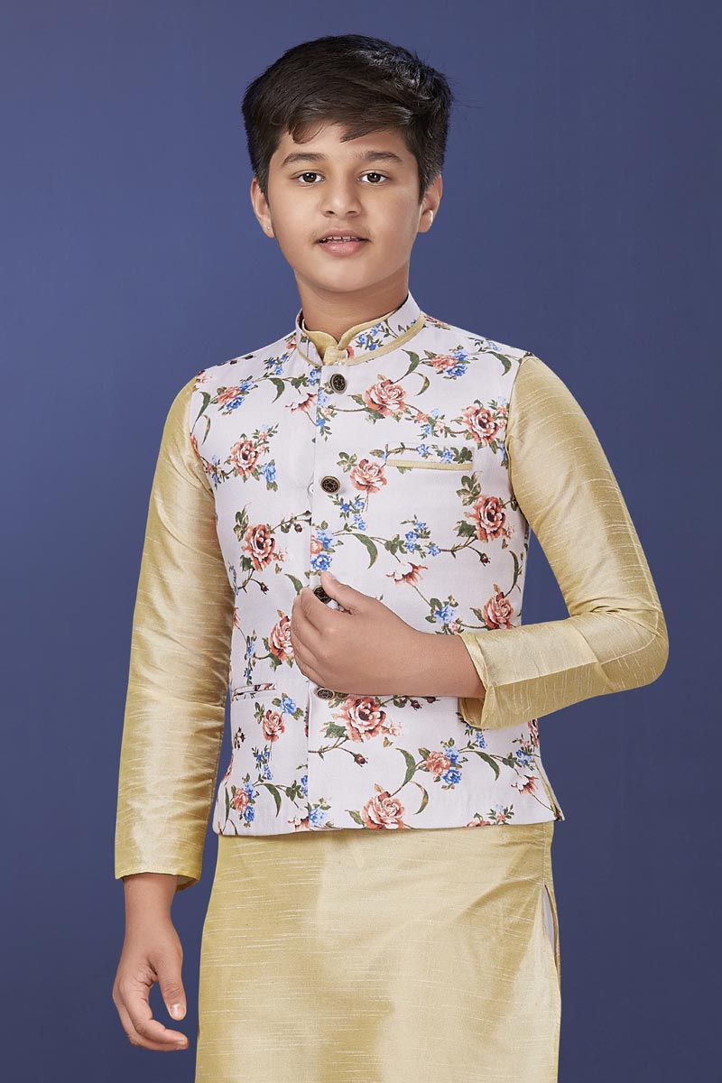 White Color Cotton Fabric Reception Wear Fancy Jacket For Boys Wear