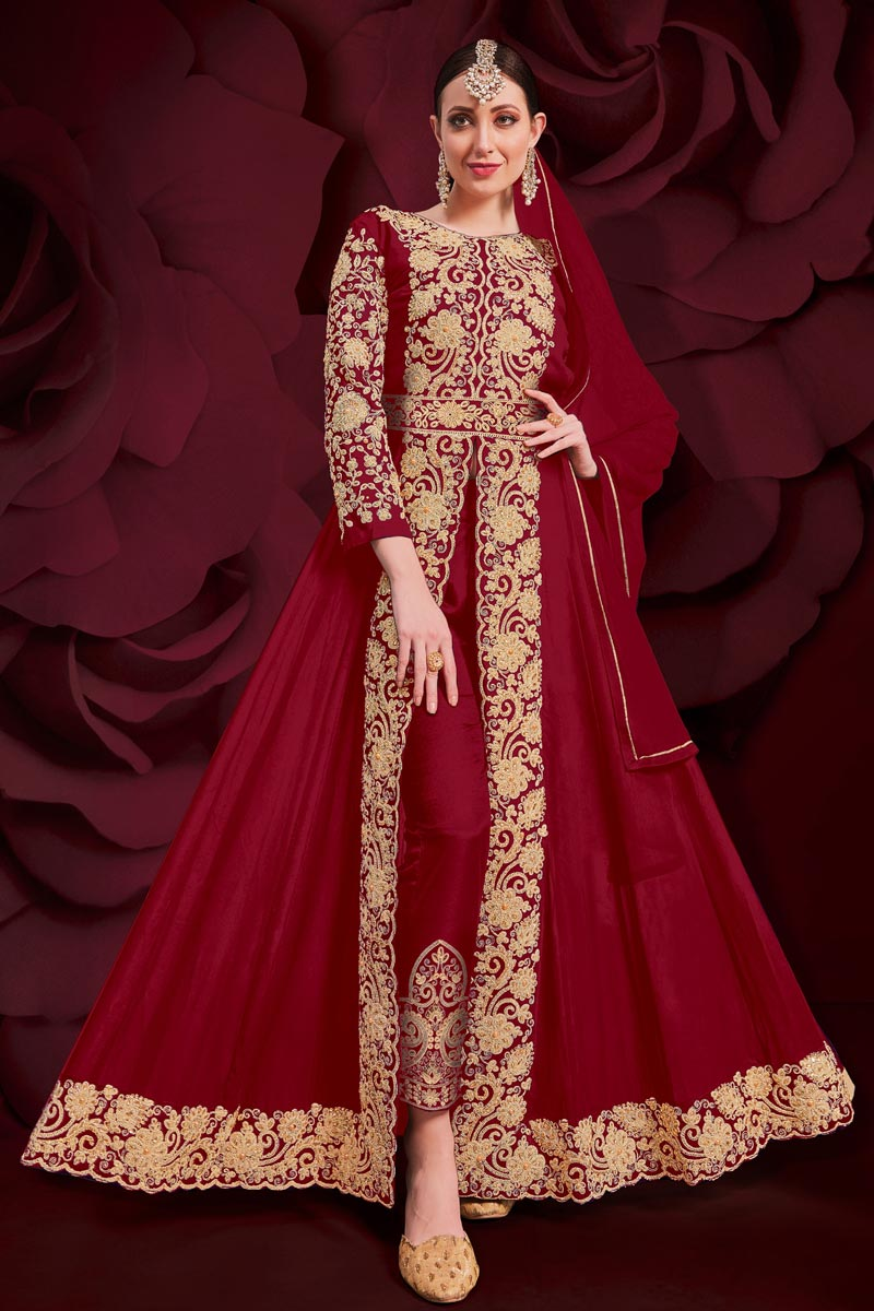 Reception Wear Designer Anarkali Suit In Red Color Georgette Fabric