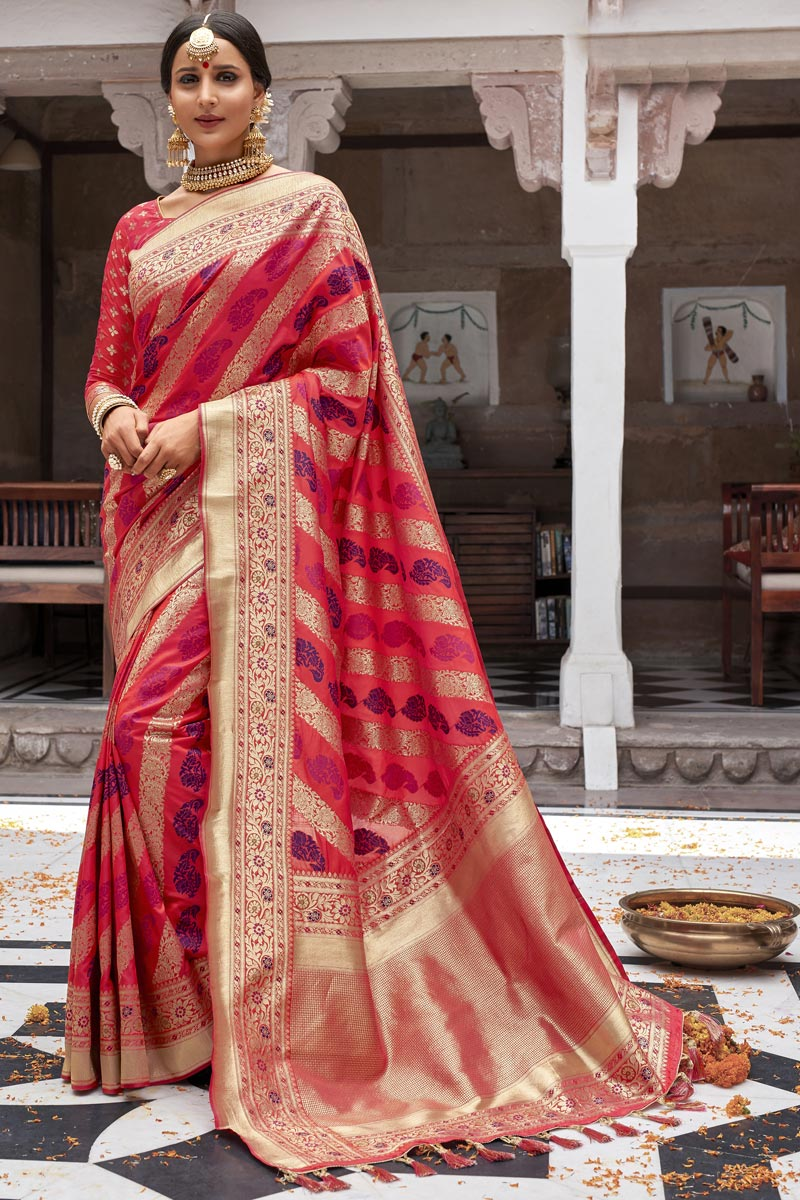 Eid Special Silk Fabric Traditional Function Wear Weaving Work Designer Pink Color Saree
