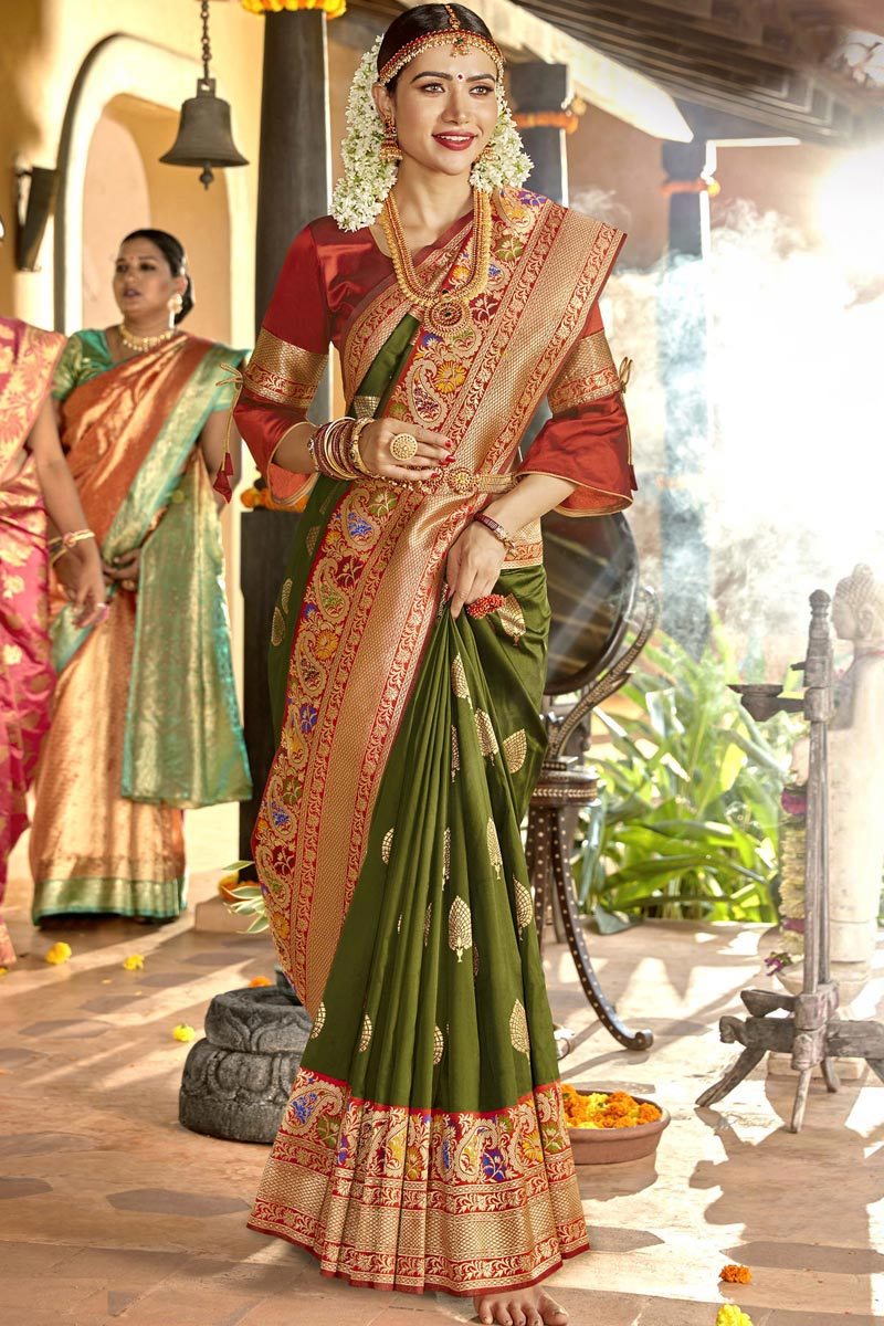 Silk Fabric Sangeet Function Wear Designer Green Color Weaving Work Saree