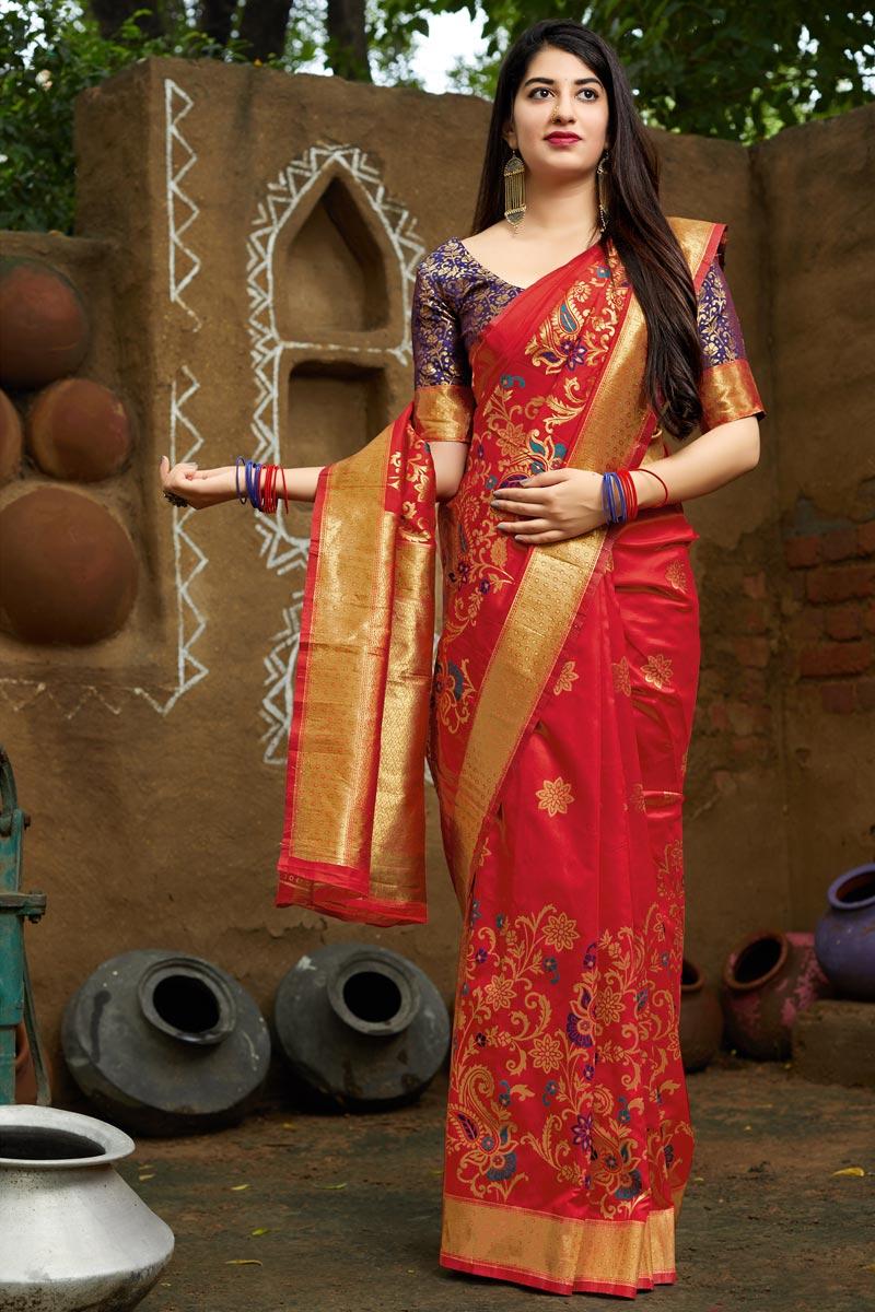 Red Traditional Wear Banarasi Style Silk Fancy Weaving Work Saree