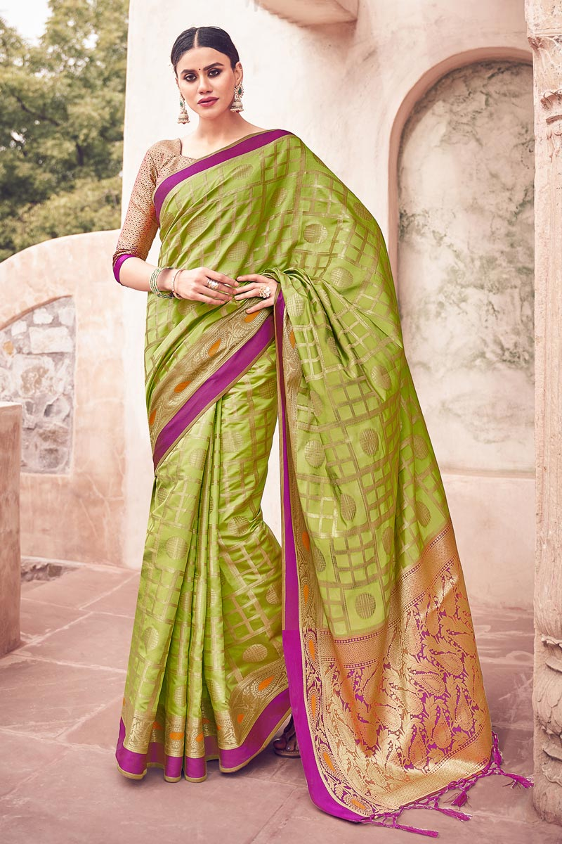 Festive Wear Weaving Work Fancy Saree In Green Color Cotton Silk Fabric