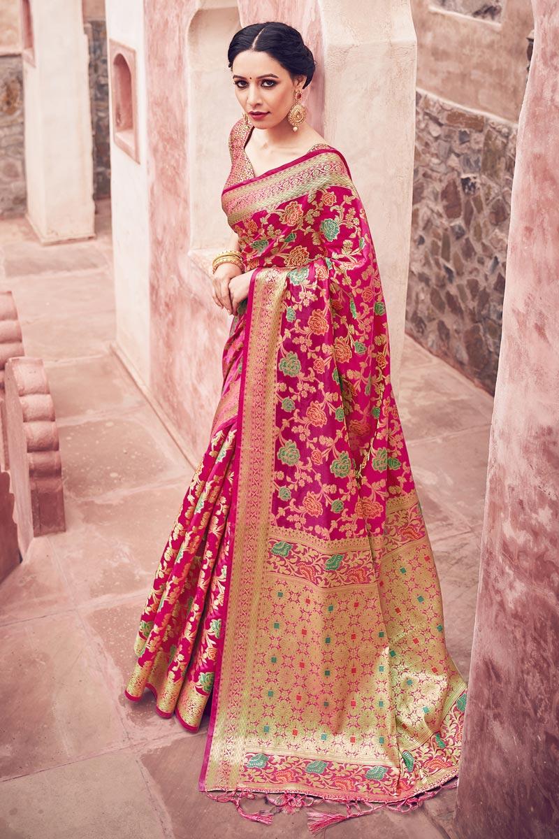 Cotton Silk Fabric Festive Wear Weaving Work Fancy Saree In Rani Color