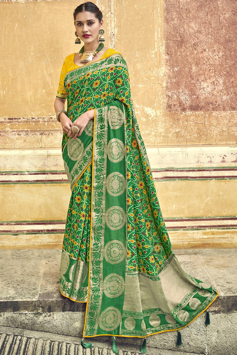 Traditional Wear Silk Fabric Green Designer Weaving Work Saree With Fancy Blouse