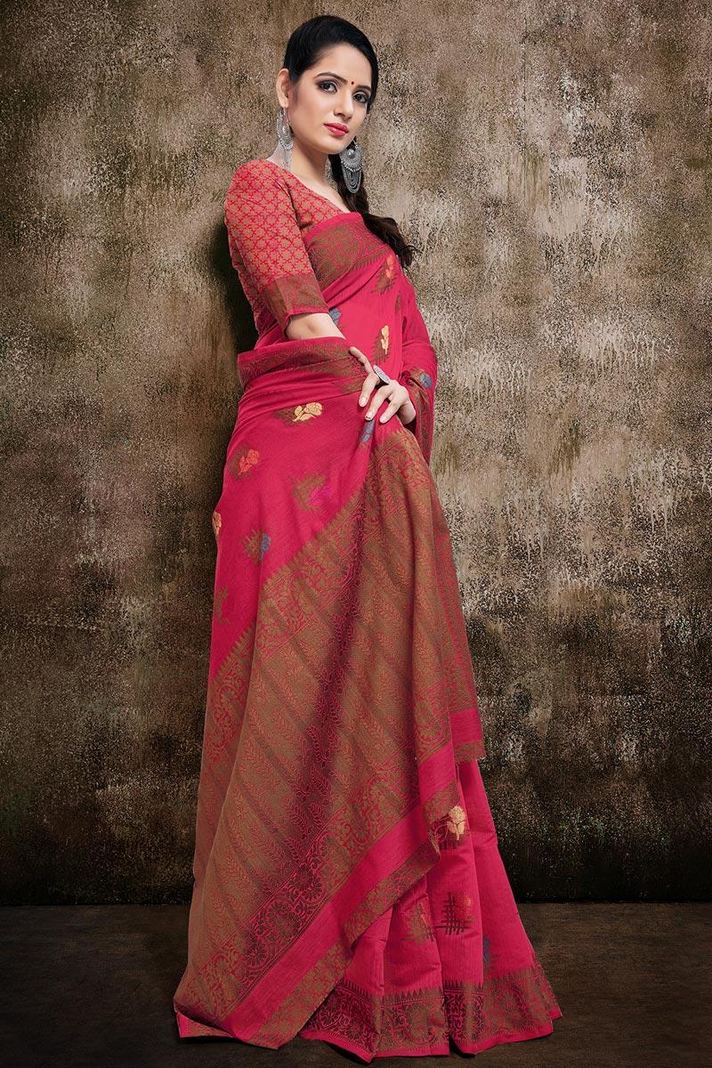 Rani Color Stylish Casual Wear Cotton Silk Fabric Weaving Work Saree