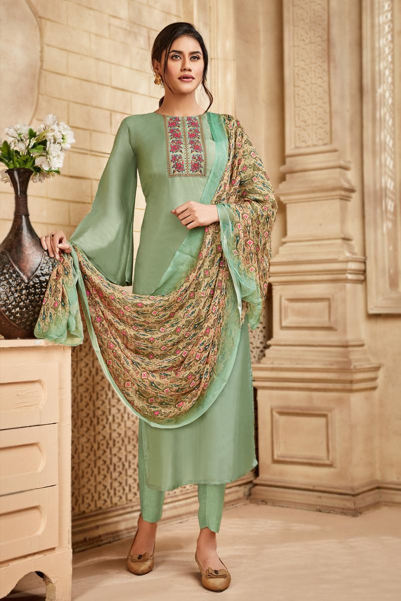 Viscose And Art Silk Fabric Party Wear Salwar Suit