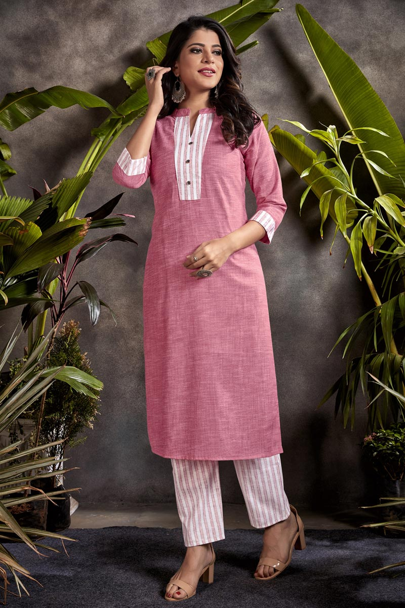 Pink Color Daily Wear Kurti In Cotton Fabric