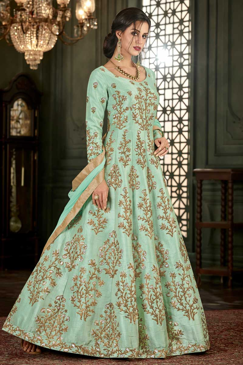 what accessories to wear with anarkali suit