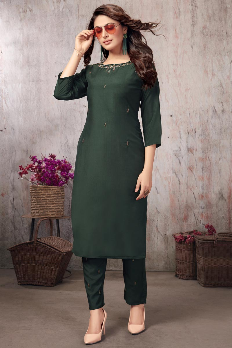 Festive Wear Dark Green Thread Embroidered Fancy Fabric Kurti With Bottom