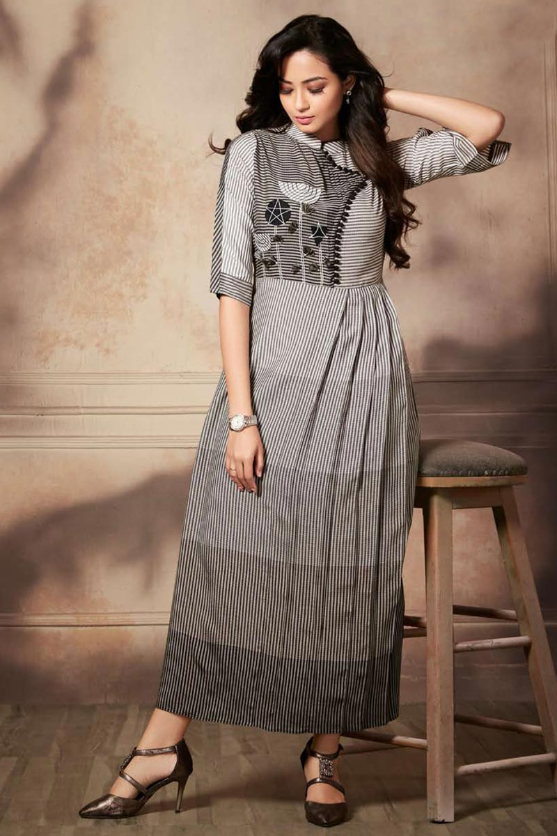 Grey Color Function Wear Thread Embroidered Kurti In Rayon Fabric