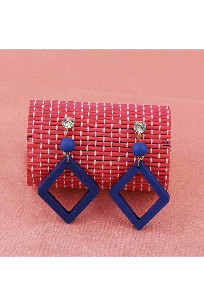 Graceful Designer Blue Color Party Style Earrings