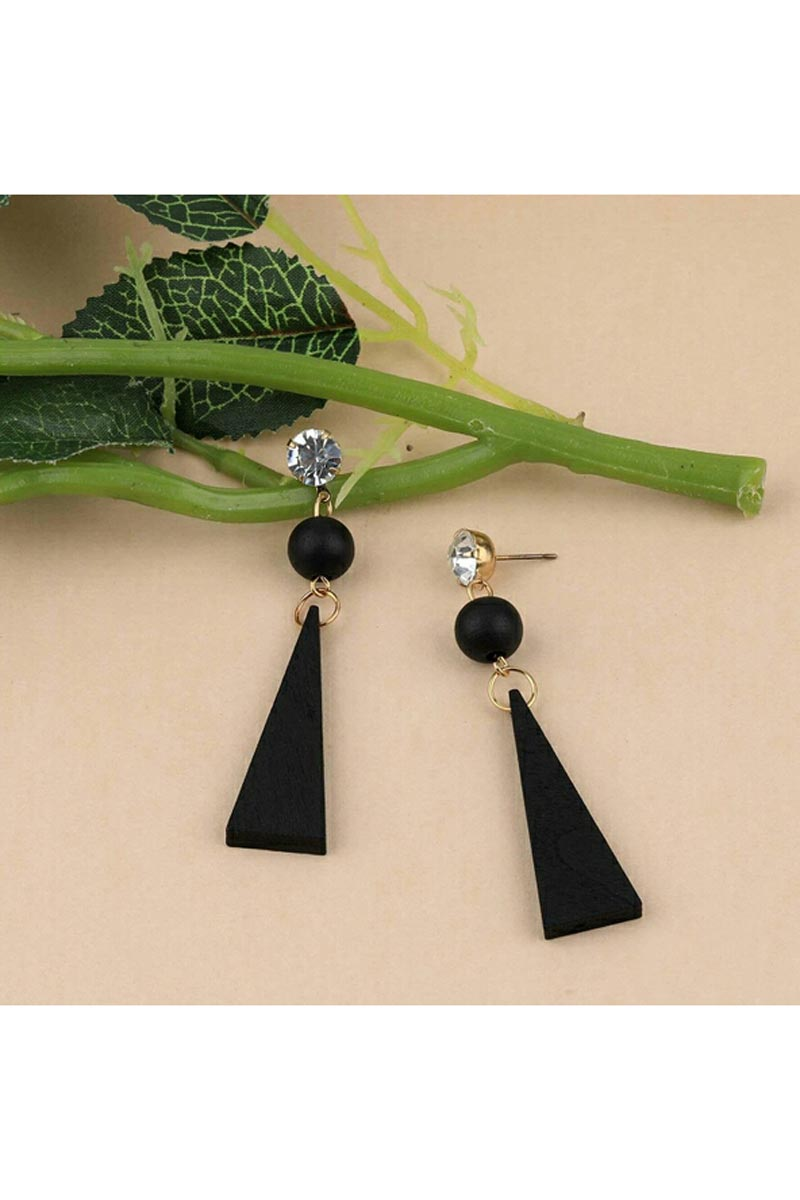 Party Style Designer Earrings In Black Color