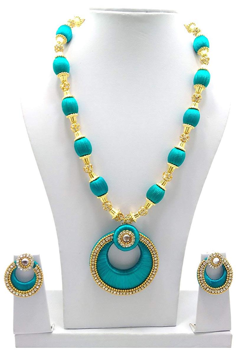Fancy Teal Color Silk Thread Customzied Handmade Necklace Set